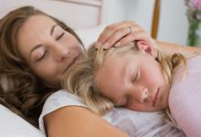 child sleeping on mother's chest: 5 daily prayers every mother needs to say